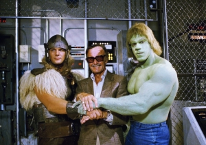 Comics impresario Stan Lee, center, poses with Lou Ferrigno, right, and Eric Kramer who portray ?The Incredible Hulk? and Thor, respectively, in a special movie for NBC, ?The Incredible Hulk Returns,? May 9, 1988, Los Angeles, Calif. Lee says the secret of successfully transferring comic book characters to television is to avoid making it a carbon copy. (AP Photo/Nick Ut)