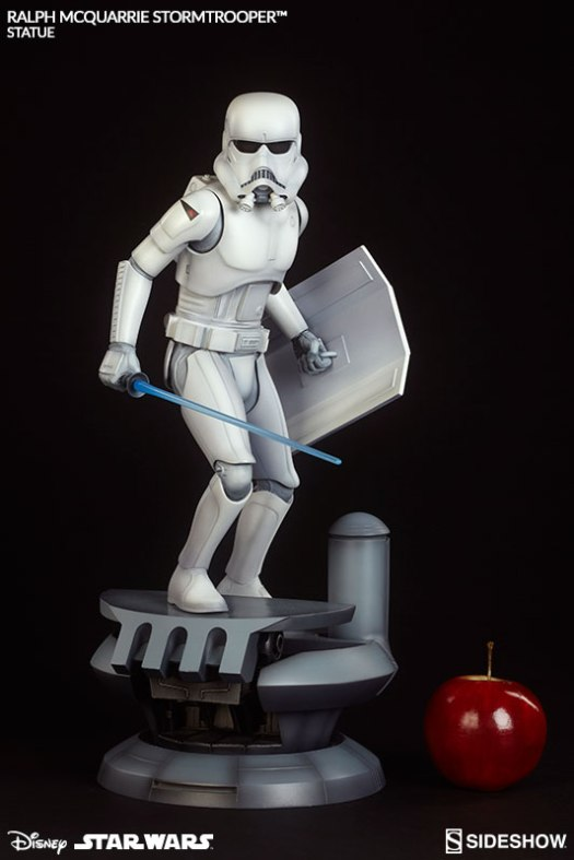 star-wars-statue-ralph-mcquarrie-stormtrooper-sideshow-200373-03